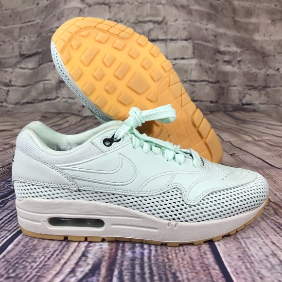 Nike Air Max 1 SI Barely Green Womens | AO2366 300
